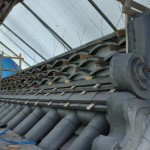 旧西條藩陣屋北御門修復工事 棟施工(反りのし瓦の目地積)
